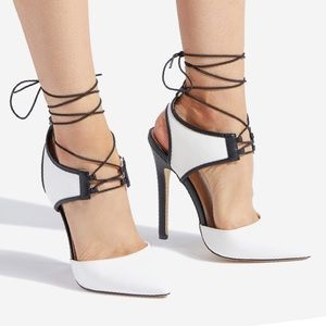 SHOEDAZZLE TAARA LACE UP PUMP White/Black 8.5 NIB